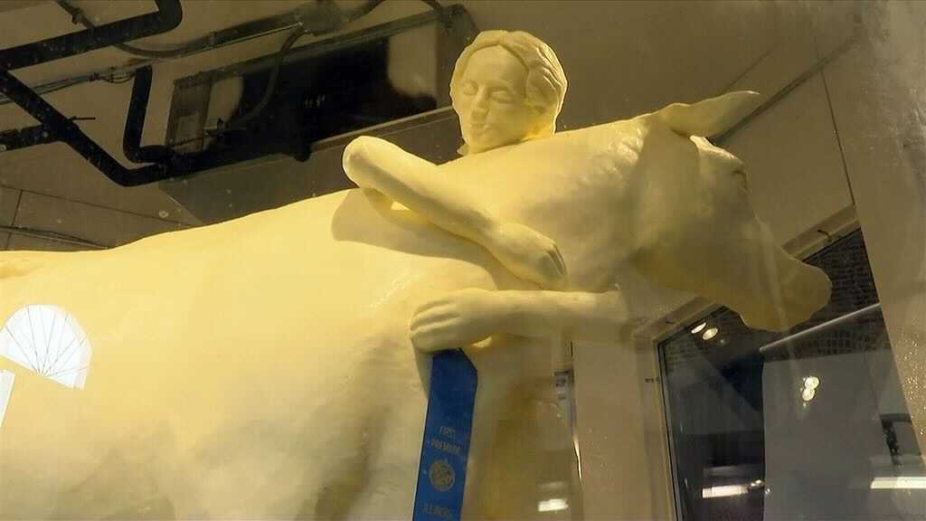 Unveiling of 'Butter Cow' Celebrates 100 Years of Illinois Tradition – NBC  Chicago