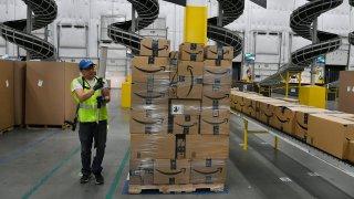 Amazon Warehouse Fulfillment Center