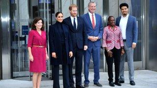 (L-R) Governor Kathy Hochul, Meghan, Duchess of Sussex, Prince Harry, Duke of Sussex, NYC Mayor Bill De Blasio, Chirlane McCray and Dante de Blasio