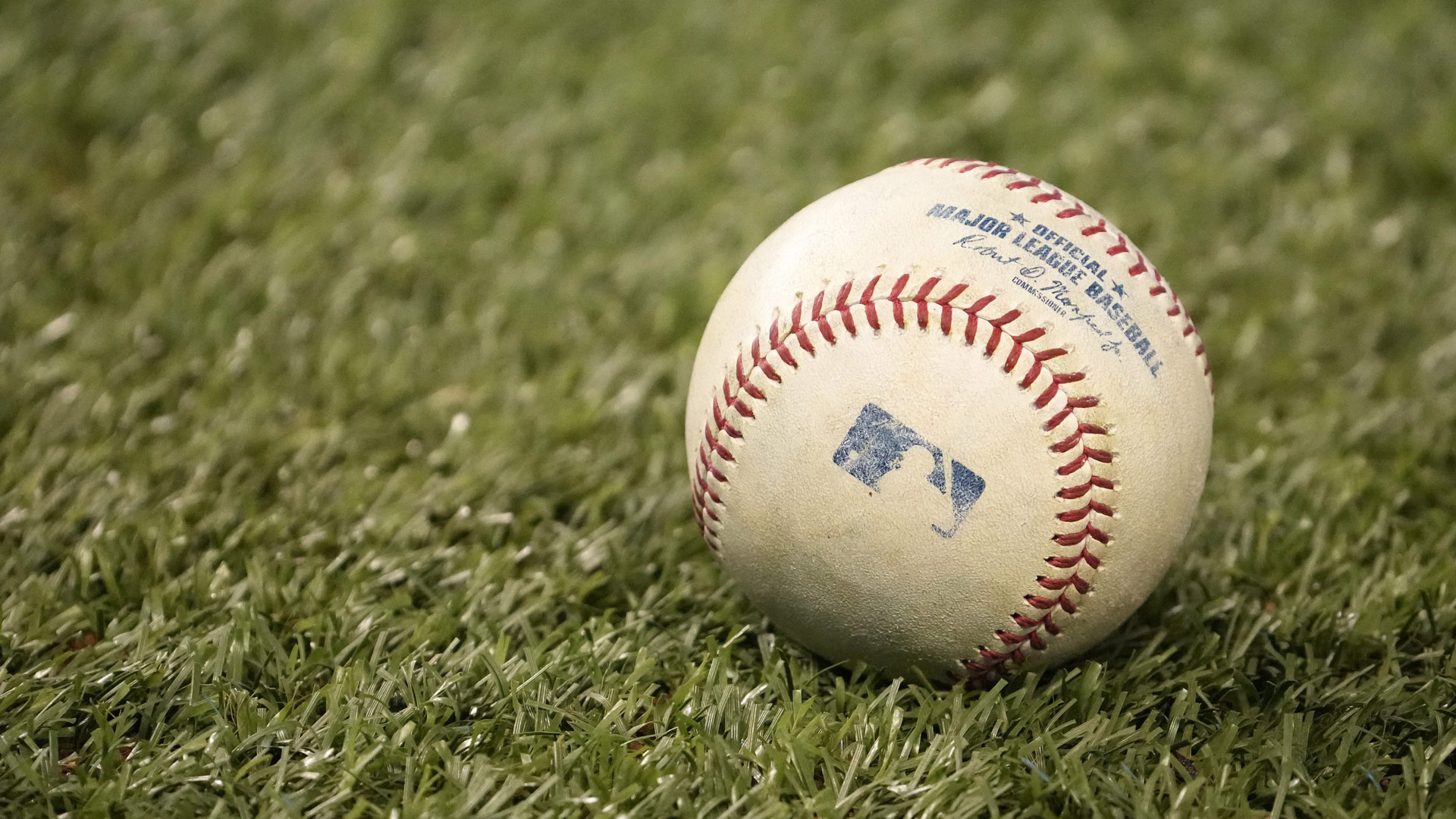 Report: MLB Managers, Coaches Need COVID-19 Vaccine for Field Access in 2021 Playoffs