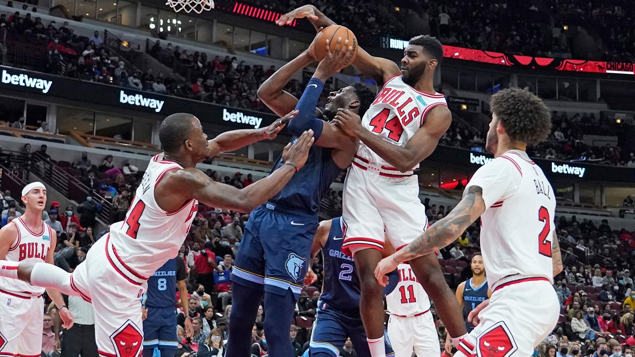 Zach LaVine Caps Bulls' Perfect Preseason With 31 Point Outing