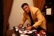 1980 – Anthony Munoz, OT USC (Cincinnati, made HOF)