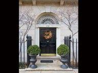 2708-lakeview-entrance