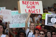 'Enough Is Enough': Hundreds Rally for Gun Control After Fla. Shooting