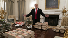 Alinea Owner Asks Clemson to Dinner After WH Fast Food Feast