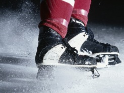 McCormick Tribune Ice Rink Open Through Mid-March