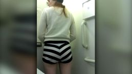 JetBlue Pilot Forced Woman to Change Clothes