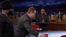 'Tonight Show': Musical Beers With Reynolds, Holmes