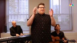 Jordan Smith Performs 'Please'