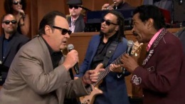 "Dan Aykroyd Sings James Brown on ""Tonight"""