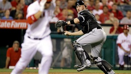 L.A.'s Bullpen Collapses; Sox Beat Angels