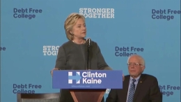 Sanders and Clinton Campaign Together at UNH