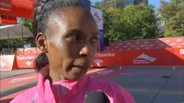 Rita Jeptoo Wins 2013 Chicago Marathon