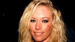"Kendra Wilkinson On Her ""DWTS"" Booty Strategy"