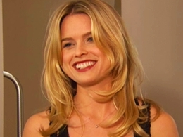 "Alice Eve On ""Sex and the City 2"": 'It Was Mayhem"""