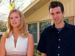 "Baruchel Gets the Girl in ""She's Out of My League"""