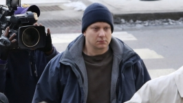 Officer Charged in Laquan McDonald's Death Posts Bond