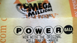 Mega Millions Jackpot Jumps to $970M, Powerball at $430M