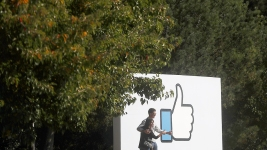 Calif. Court Rules Criminal Defendants Can Access Some Social Media