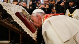 Pope: Gays and Others Marginalized Deserve an Apology