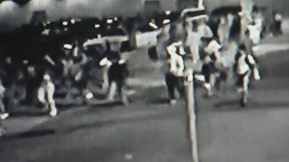 Students Beaten, Horse Punched in Mob at Univ. in Philly