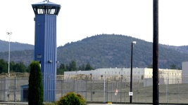 8 Guards, 7 Inmates Hospitalized After Prison Fight in California