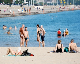 Chicago Women Launch Faux Topless Bikini