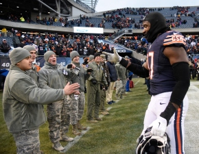 Report: Willie Young Requests Trade From Bears