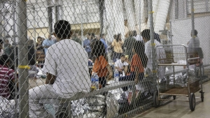 Separated Migrant Families May Get 2nd Shot at Asylum in US