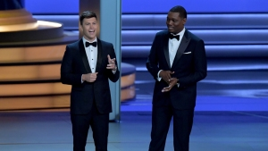 'SNL' Duo Stand and Deliver at the Emmys