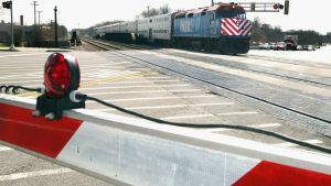 Metra Trains Halted After UP Engine Derails Near Western