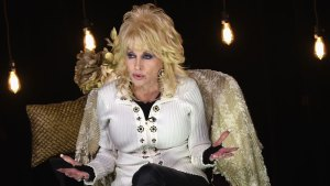 Parton Launches 'My People Fund' to Aid Tenn. Fires Vicitms