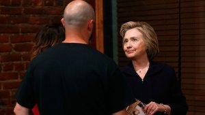 Clinton Apologizes to Coal Country Over Comments