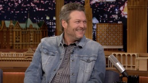 'Tonight': Shelton, Clarkson Made Adam Levine Cry on NYE