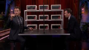 'Tonight': Box of Lies With Chris Pratt