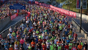 Chicago Marathon Runners Ready to Endure Heat