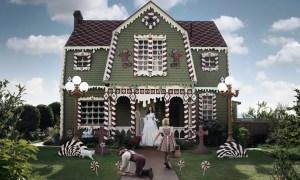 SoCal Artist Creates Real-Life Gingerbread House