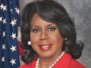 Dorothy Brown Finally Embraces the 21st Century