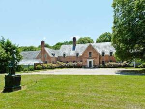 Live Like a Socialite for $6.9M