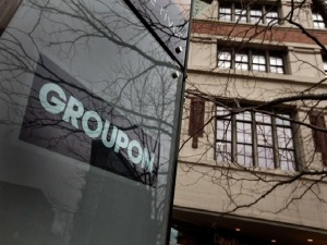 Groupon Prices Public Offering at $20 a Share