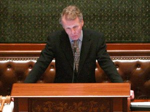 Madigan Not Commenting on Democrat's Bribery Arrest
