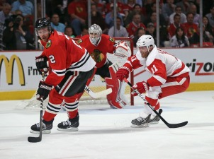 Keith, Blackhawks Stymie Datsyuk in Win