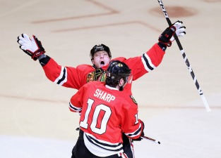 Hossa Comes Through in Crunch Time for Hawks