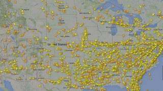 A Screenshot Of A Map Showing Live Air Traffic Captured At 8 15 A M On Sept 26 2014 Shows The Absence Of Aircraft Near Chicago After A Fire At An Faa