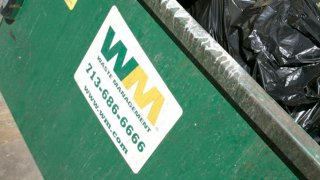 Super Bowl Storm Delays Garbage Collection