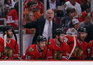 Shaw, Toews Score as Hawks Beat Detroit 4-1