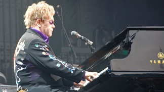 Piano and Rocket Men Rock Wrigley