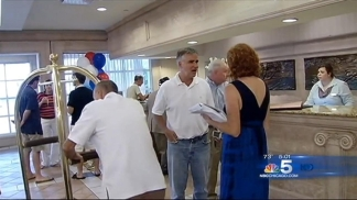 Illinios Delegation Arrives in Tampa for RNC