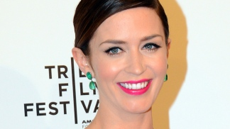 "Emily Blunt Hits ""The Five-Year Engagement"" Premiere"