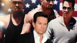 "Wahlberg Bulks Up for ""Pain & Gain"""